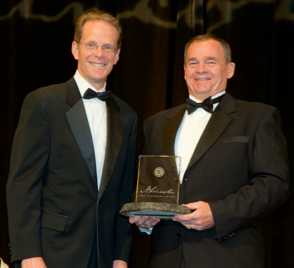 Strauss Troy Attorney Marty Butler (r) Receives Lincoln Award From NKU President Geoffrey Mearns