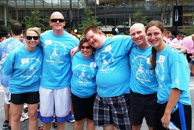 """Strauss Troy's """"Justice League"""" – Lucy McCormack (l), Strauss Troy Attorneys Brett Renzenbrink & Erinn McKee Hannigan, Special Olympian Justin Mossburger, Strauss Troy Attorney Brian O'Connell & Brian's Daughter, Kacey O'Connell"""